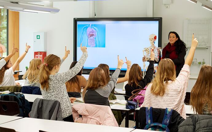Le contrôle thermique dans les classes est essentiel pour un environnement d'apprentissage idéal
